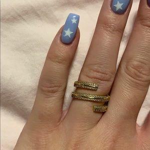 Henri Bendel Twist Ring in Gold Crystals Size 6